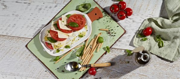 Caprese salad with Violife Slices with Mozzarella Flavour